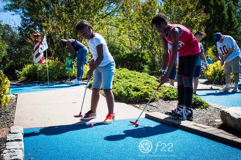 family golfing_8985_LOGO.jpg
