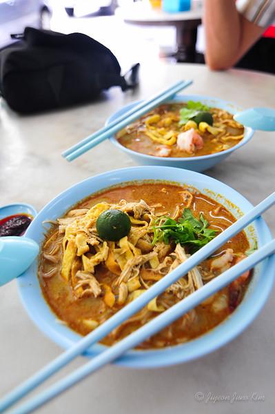 Malaysia-Sarawak-Laksa.jpg