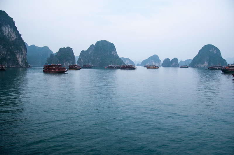 Early morning in Ha Long bay
