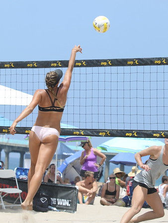 2016 MB AVP Open - Francesca and Brooke in Qualifiers (07/14/2016)