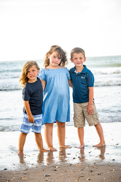 Family beach photos-117.jpg