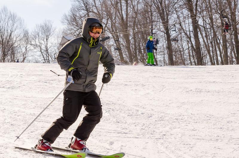 Slopes_1-17-15_Snow-Trails-73650.jpg