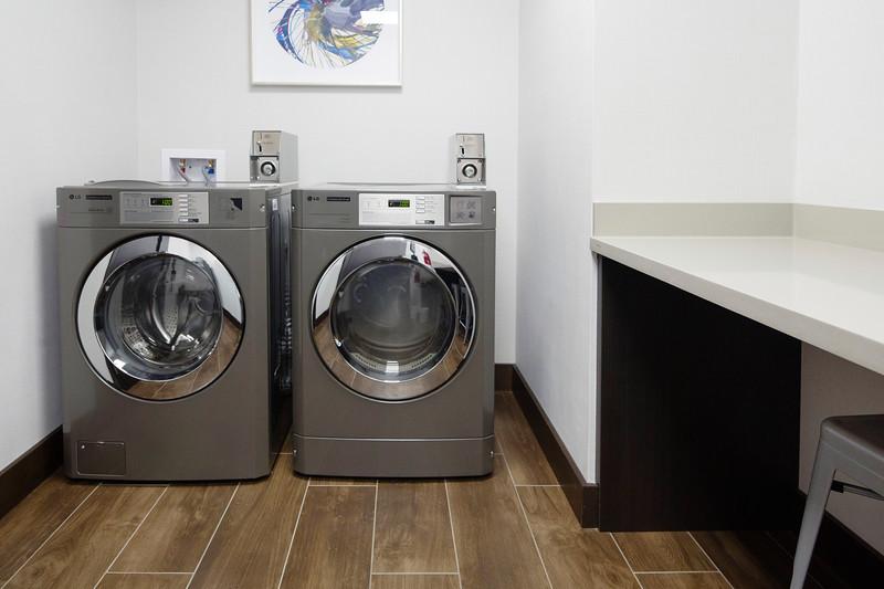 69-Laundry-Hampton Dallas.jpg