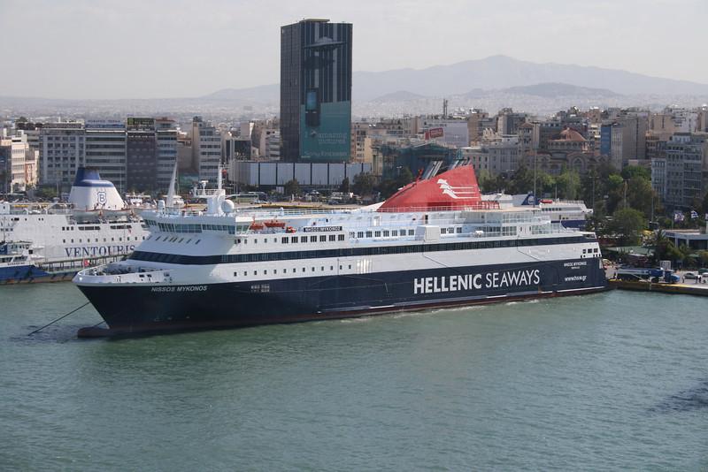 2008 - F/B NISSOS MYKONOS in Piraeus.