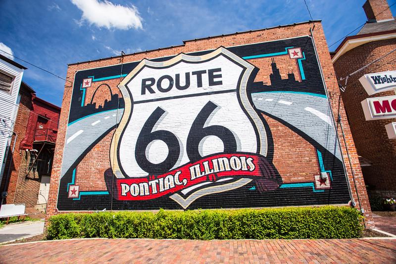 Route 66 Pontiac illinois mural
