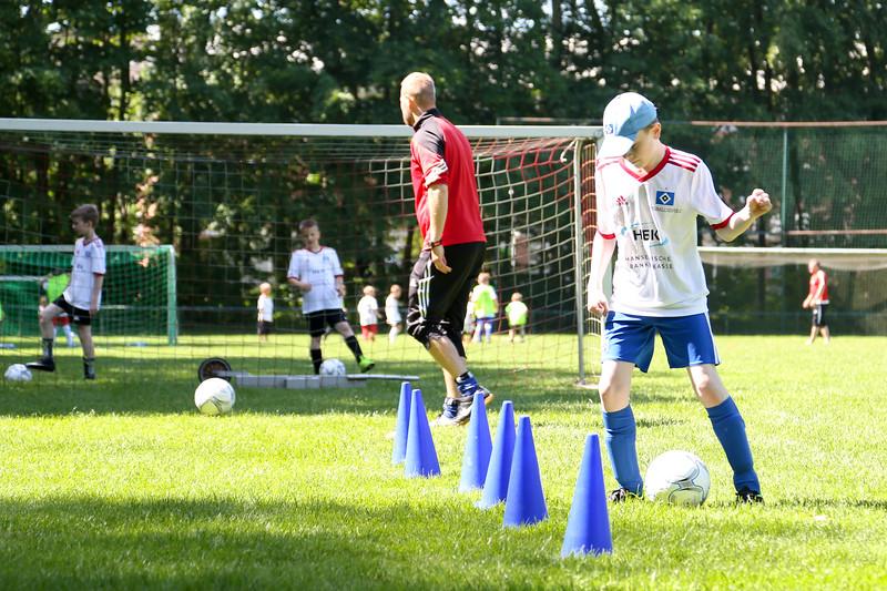 hsv_fussballschule-329_48048034777_o.jpg