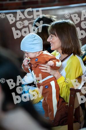 ©Bach to Baby 2019_Laura Woodrow_Kew_2019-31-10_ 11.jpg