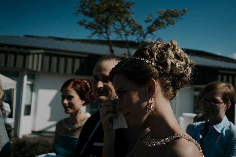 Tu-Nguyen-Wedding-Hochzeitsfotograf-Hochzeitsreportage-Neuwied-Bonn-Koblenz-Jan-Jessica-27.jpg
