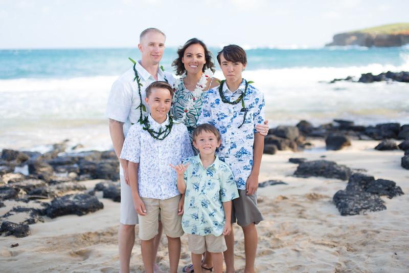 gillin beach kauai wedding-174.jpg