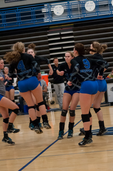 20141007_Eastview Volleyball-138.jpg