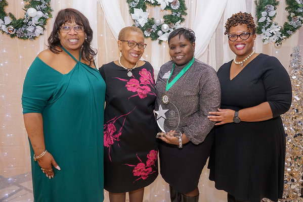 Rho Mu Omega Holiday Luncheon 2018