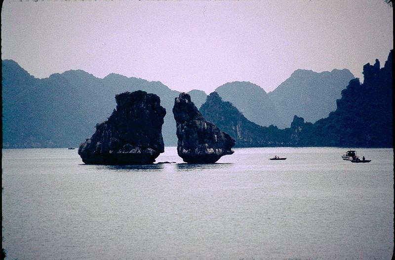 VietnamSingapore1_110.jpg