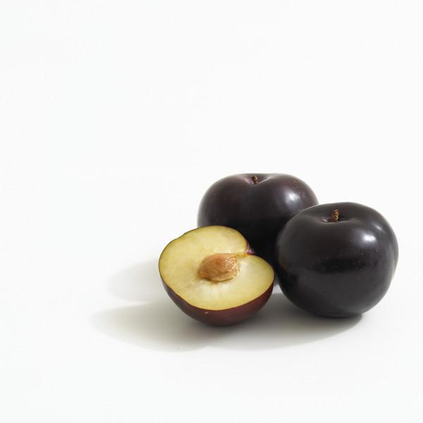 Black Amber (Bamber) Plum_C.jpg