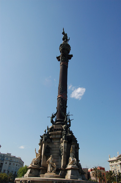 Near waterfront in Barcelona - Christopher Columbus statue.