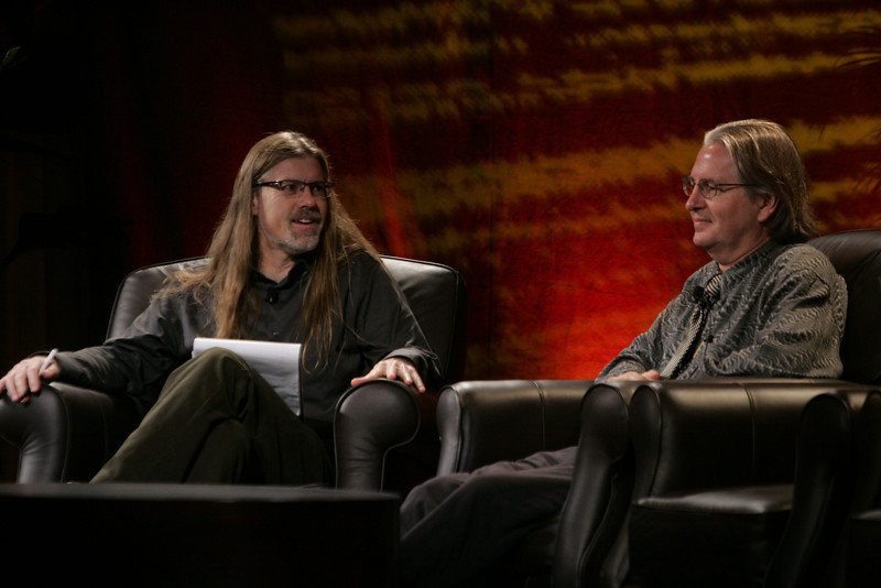 """""""Looking Further"""": Host Sheldon Brown (L), Center for Research and Computing in the Arts, and head of New Media Arts, Calit2, UCSD, discusses scenarios of the future with award-winning science fiction author Bruce Sterling"""