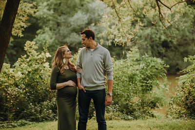 Cody + Rachel Maternity