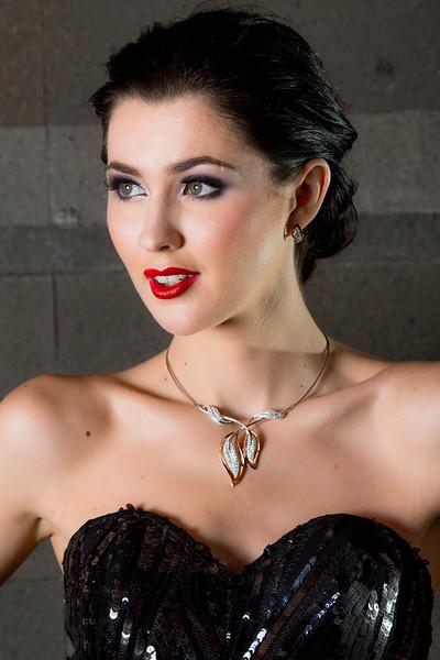 Jewelry-23118.jpg