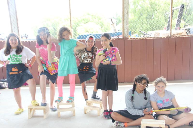 kars4kids_thezone_camp_GirlDivsion_workshops_WoodWorking (69).JPG