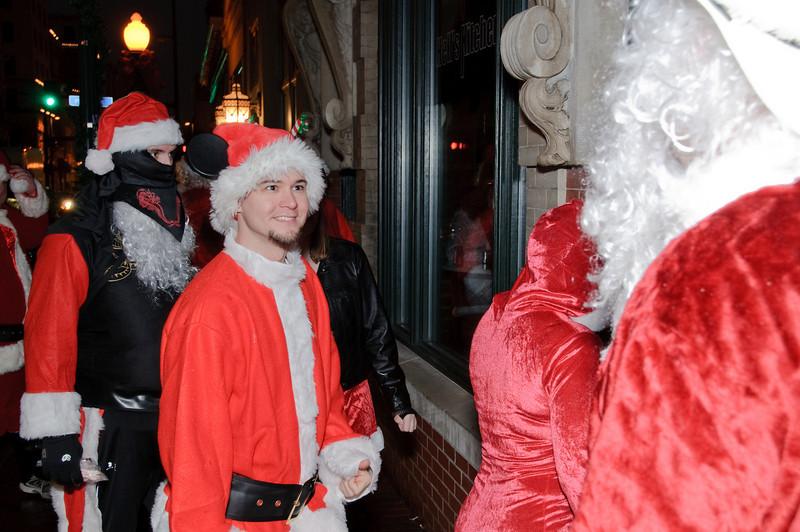 2009 ALS Santa Crawl-9.jpg