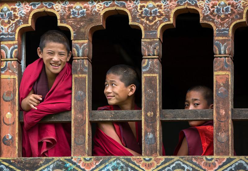 punakha-dzong_chorten-nebu_20120917_8906.jpg