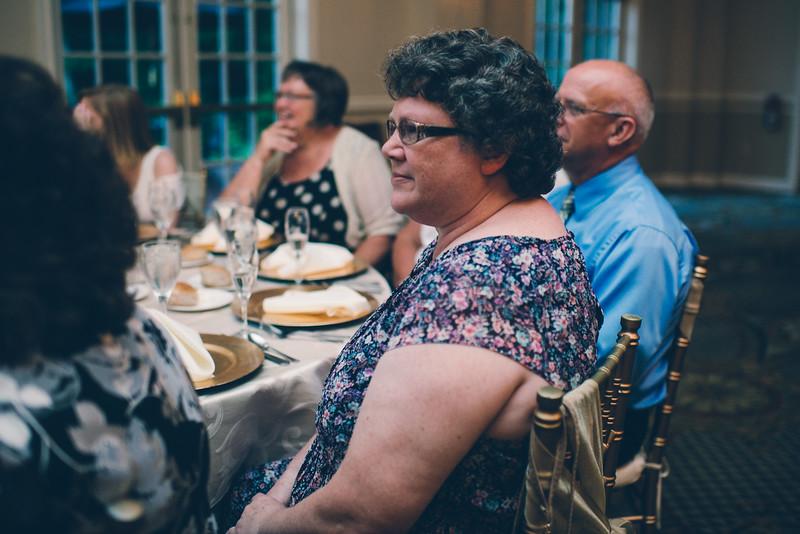 Philadelphia Wedding Photographer - Bernreuther-576.jpg