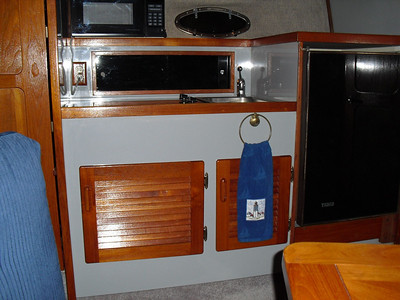 1983 Tiara 3100 Convertible
