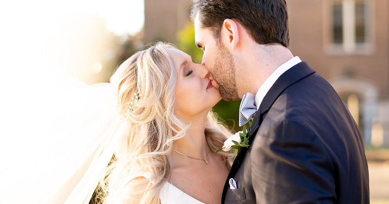 cover-Knoxville-wedding-photographers.jpg