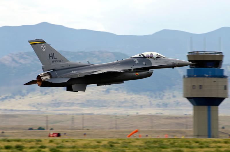 F-16 departing.jpg