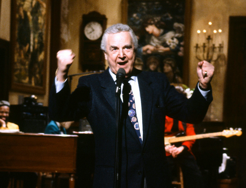 ". ""This March 14, 1992 photo provided by NBC shows announcer Don Pardo on the set of \""Saturday Night Live.\""  Pardo, the durable television and radio announcer whose resonant voice-over style was widely imitated and became the standard in the field, died Monday, Aug. 18, 2014 in Arizona at the age of 96. Leave a message to remember Pardo: http://bit.ly/PARDOMESSAGE (AP Photo/NBC, Al Levine)\"""