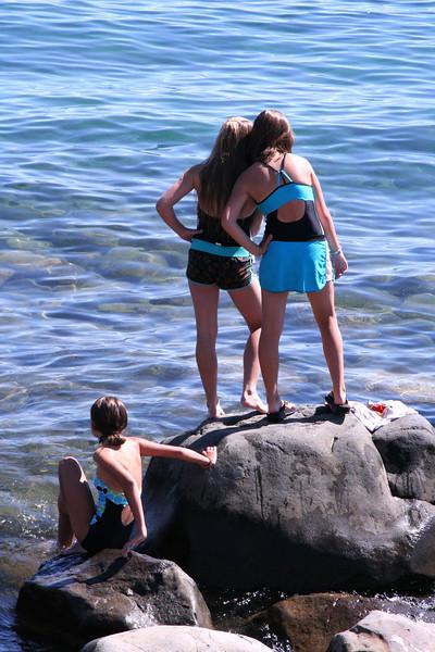 2010_Tahoe_BeachGirlsOverlook.JPG