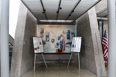 F46-FD - The Women's Memorial