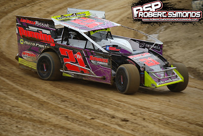 Woodhull Raceway - May 28, 2016 - Robert Symonds