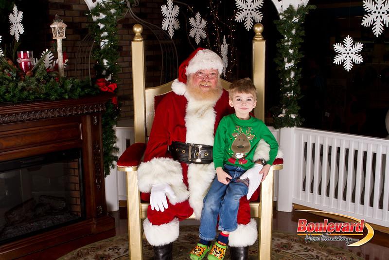 Santa Dec 15-140.jpg