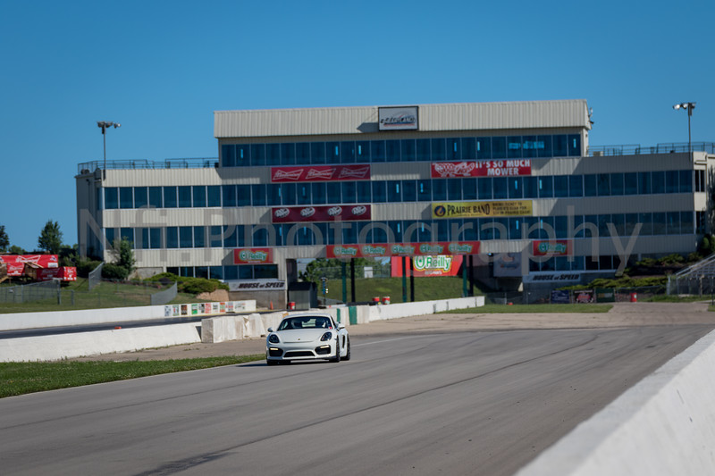 Flat Out Group 3-265.jpg