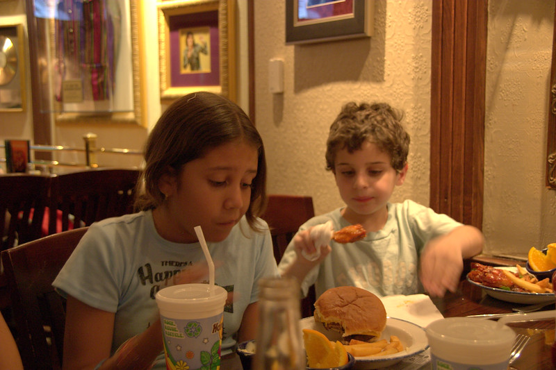 Orlando 4-9-2009 10-57-36 AM.CRW.jpg