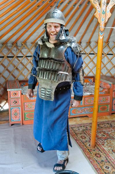 Bernd in voller mongolischer Montur.