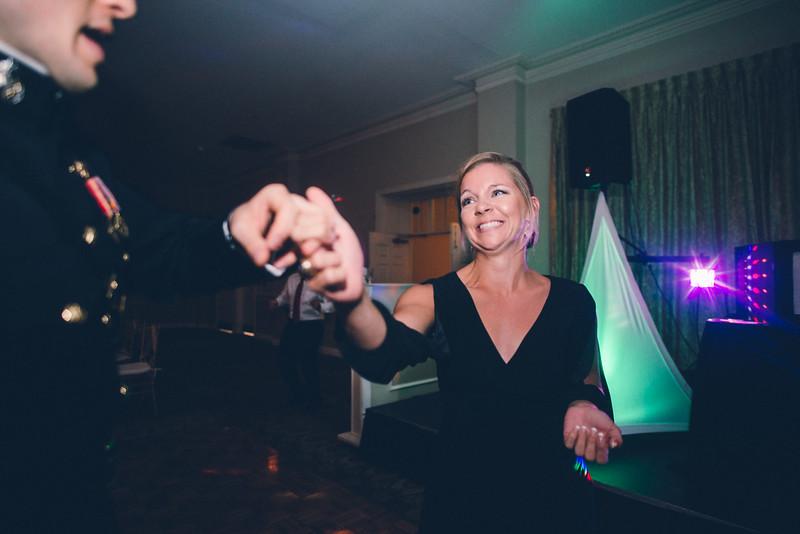 Philadelphia Wedding Photographer - Bernreuther-775.jpg