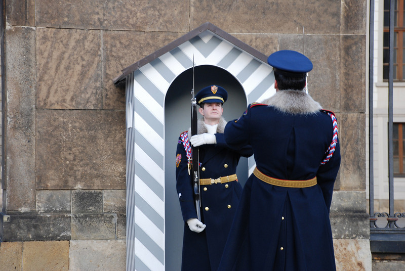Changing of the Guards Prague 16.JPG