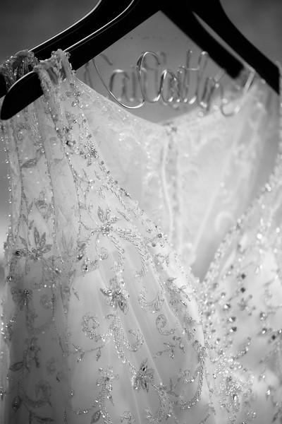 Torres Wedding _Getting Ready  (128).jpg