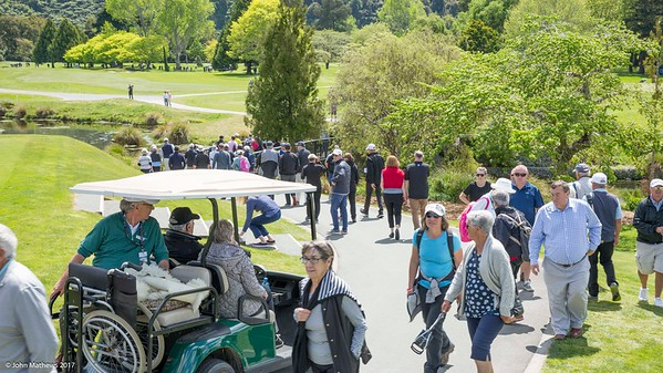 Golf fans on the 2nd day of competition  in the Asia-Pacific Amateur Championship tournament 2017 held at Royal Wellington Golf Club, in Heretaunga, Upper Hutt, New Zealand from 26 - 29 October 2017. Copyright John Mathews 2017.   www.megasportmedia.co.nz