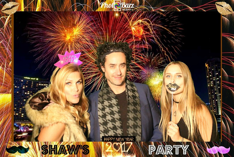 Shaws NYDay Party (7).jpg