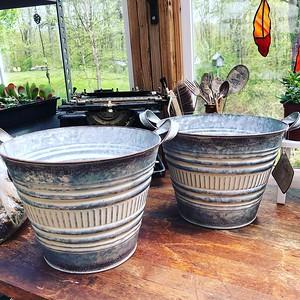 Table Top Pots