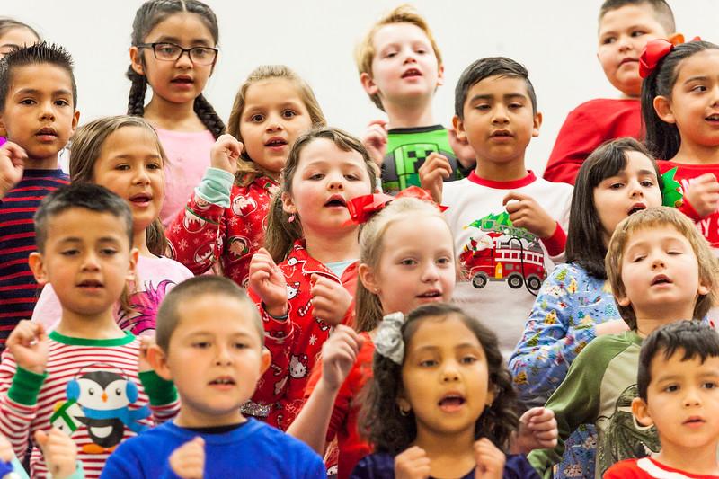 Christmas First Grade-34.jpg