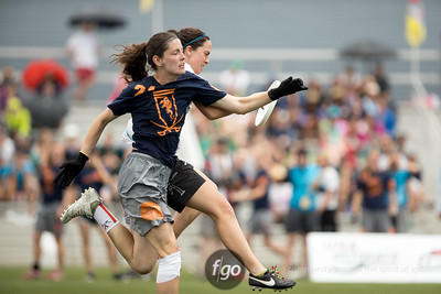 5-29-16 USA Ultimate D1 Women's Semifinals - Virginia v Whitman