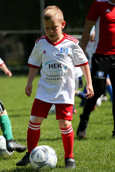 hsv_fussballschule-056_48047948491_o.jpg