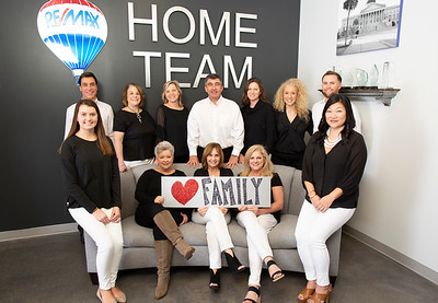 ReMax Home Team - Group Shots