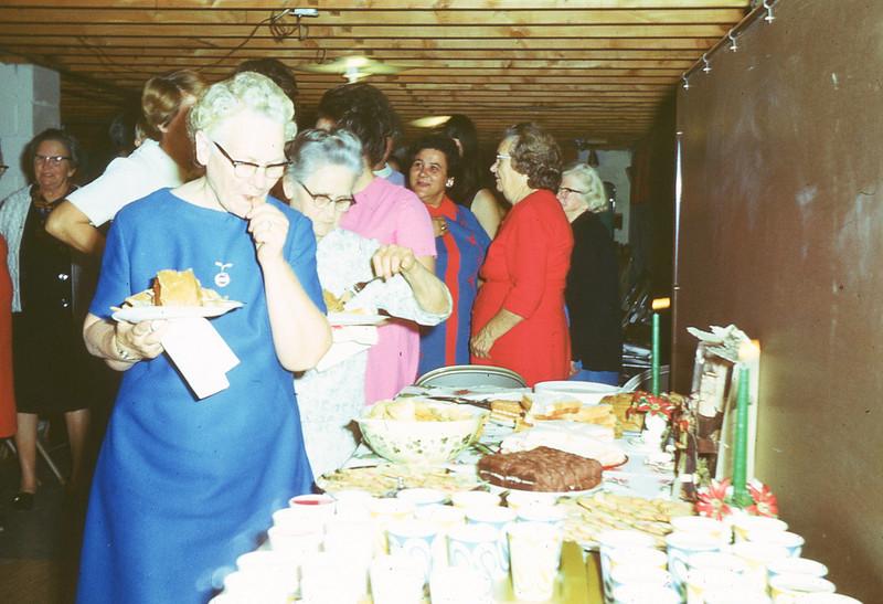 1971-''CHRISTMAS PARTY''.jpg