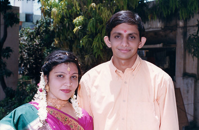 Urvi-Tushar Engagement Photos(May 2002)