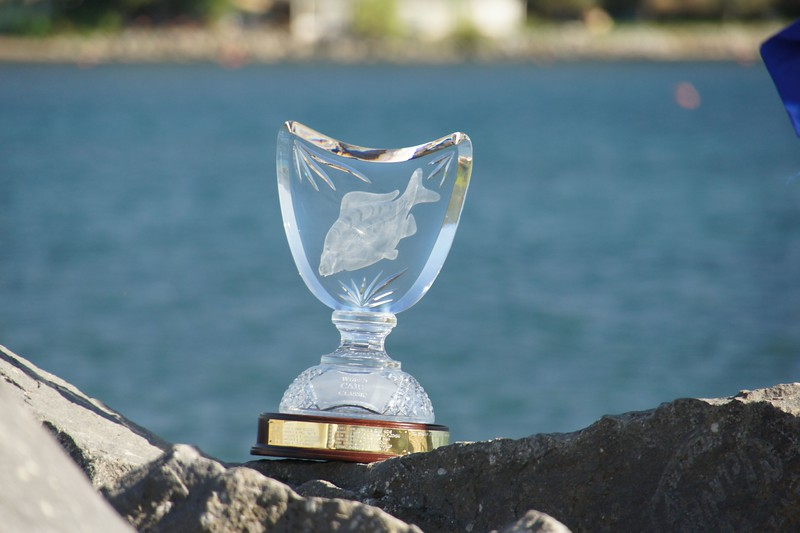 WCC_winners_2012  Trohpy 031