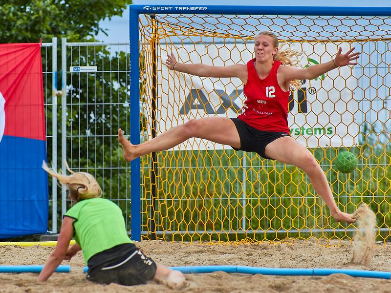 Molecaten NK Beach Handball 2017 dag 1 img 646.jpg